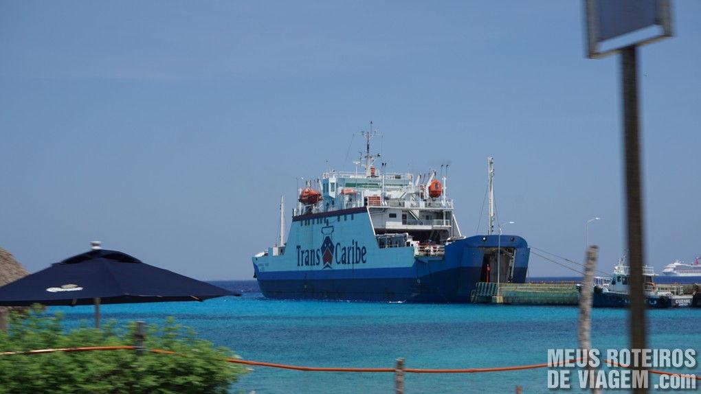 Ferry de carros da empresa Transcaribe - Cozumel, Méixco