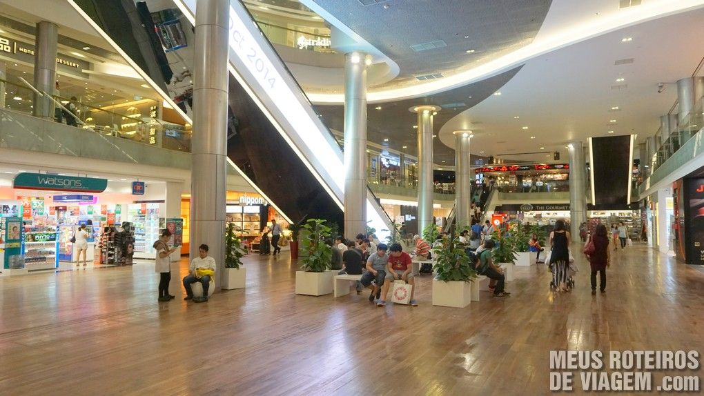 Lojas nos pisos sub-solo do ION Orchard - Cingapura