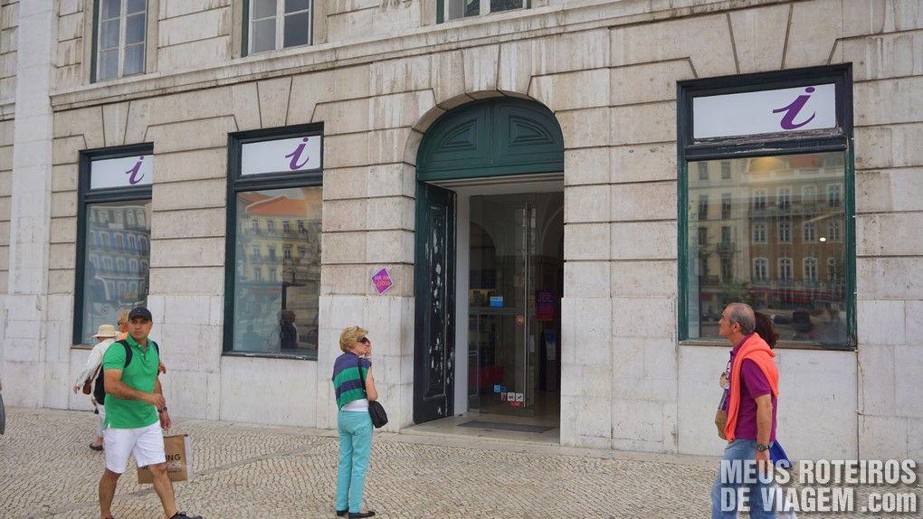 """Informações turísticas """"Ask Me Lisboa"""" na Praça dos Restauradores"""