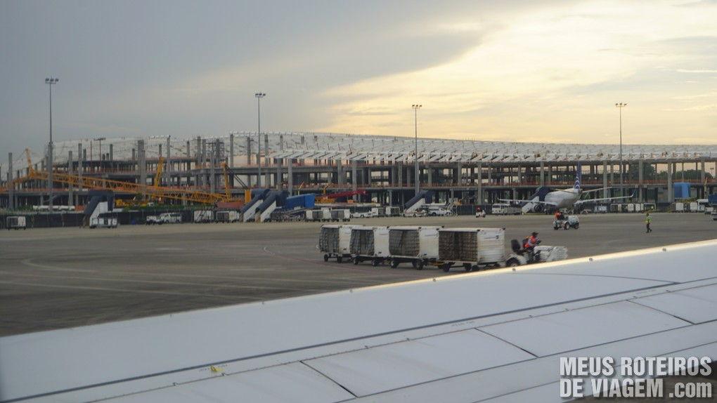 Obras do novo terminal no Aeroporto da Cidade do Panamá