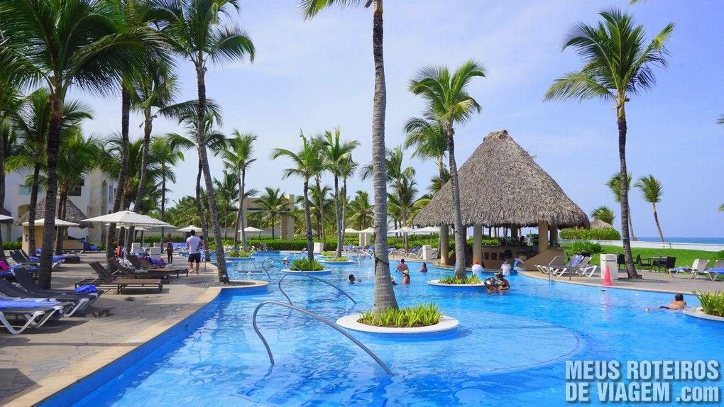 Bar molhado na piscina do Hard Rock Hotel Punta Cana