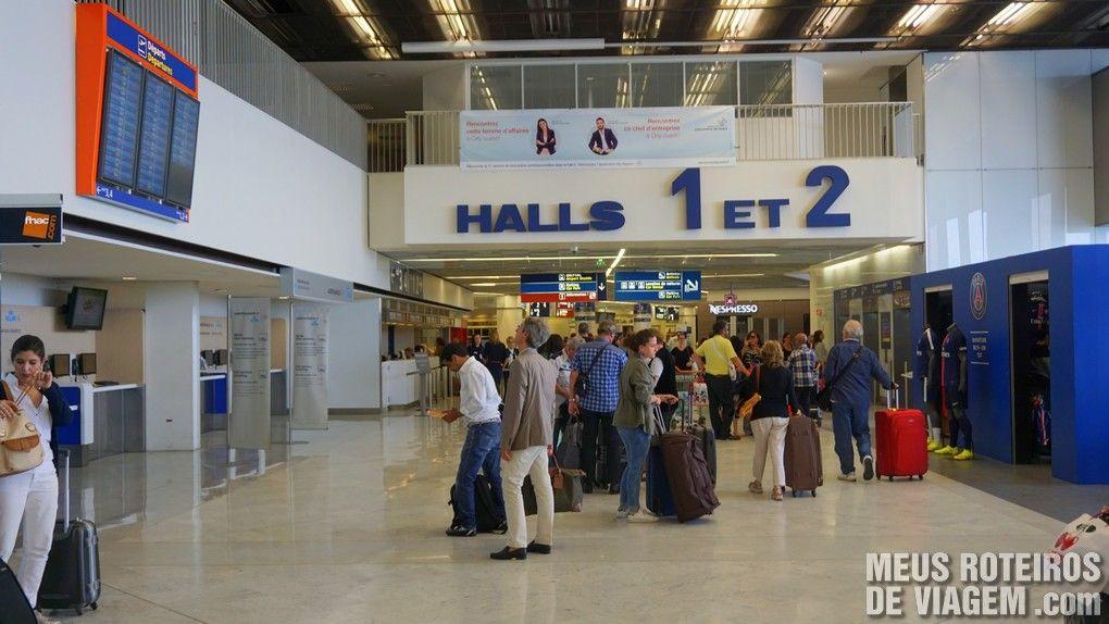 Acesso aos halls de check-in no Terminal Ouest - Aeroporto de Paris-Orly
