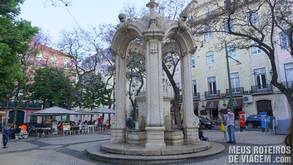 Praça do Carmo - Lisboa, Portugal
