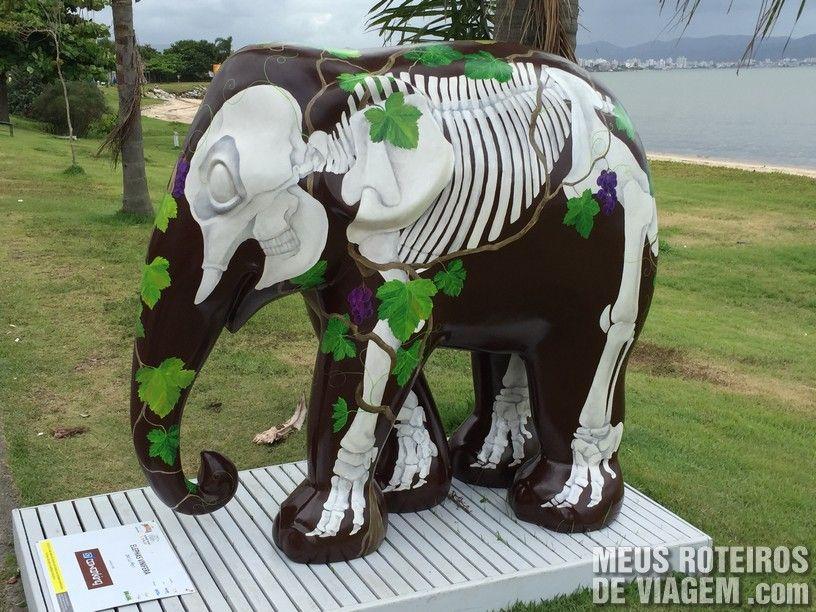 """Elefante """"Elephas Vinifera"""", por Lu Mori"""