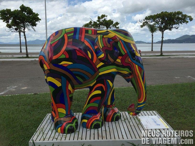 """Elefante """"Arco-Íris"""", por Leandro Teixeira Alexandre"""