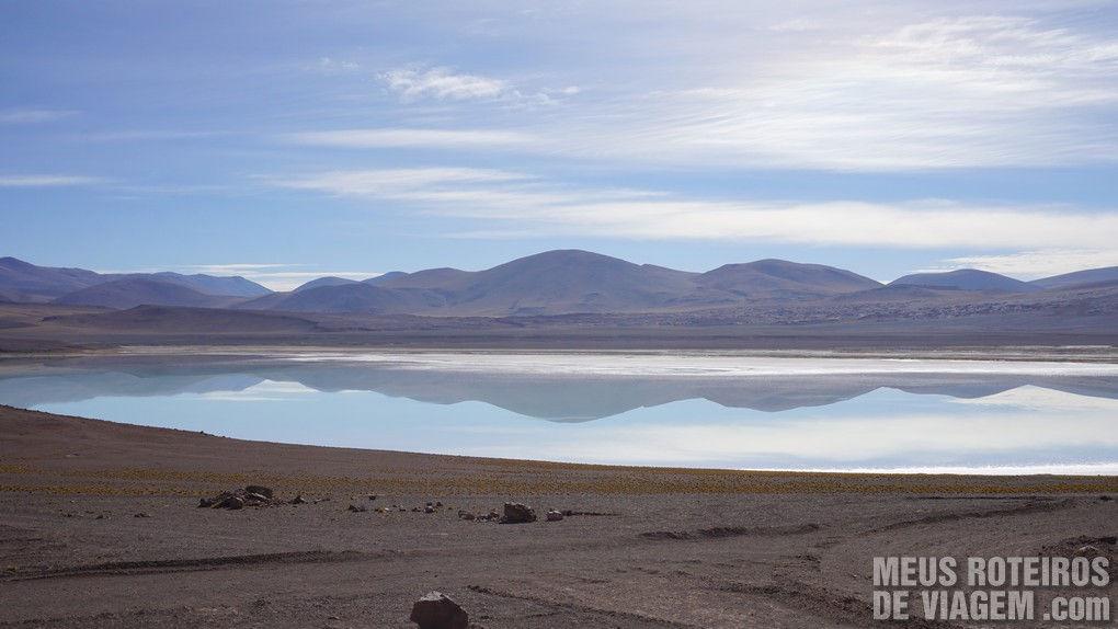 Lagoa Tuyaito no tour das Lagoas Altiplânicas - Agência Araya Atacama