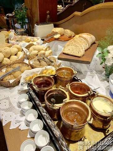 Café da manhã no Hotel Casa da Montanha - Gramado