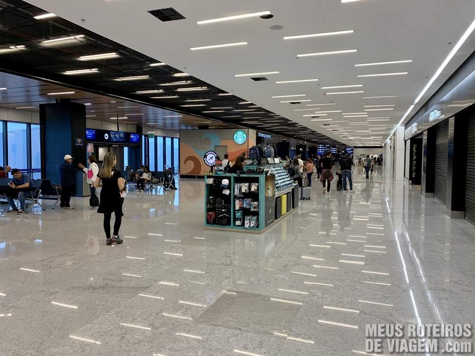 Sala de embarque do Aeroporto de Floripa