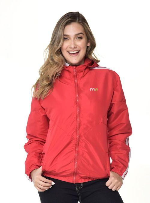 c23-3-chaqueta-roja-dama