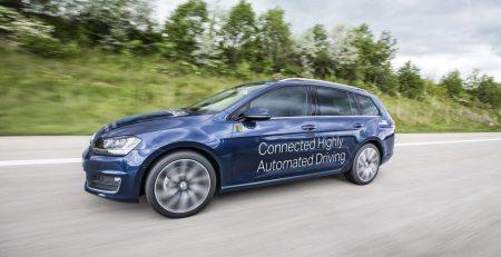 En recientes declaraciones, Microsoft ha indicado estar listo para que su vehículo de auto-conducción equipado con Cortana salga a las calles.