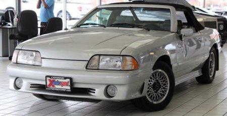 Ford Mustang ASC McLaren un pedazo de los 80's