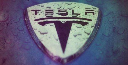 Minibús eléctrico Tesla utilizará la plataforma Model X