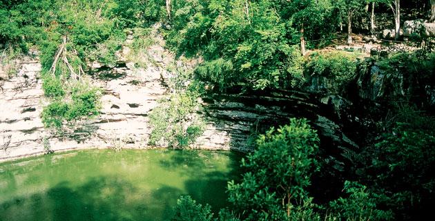 Cenote sagrado de Chichén Itzá