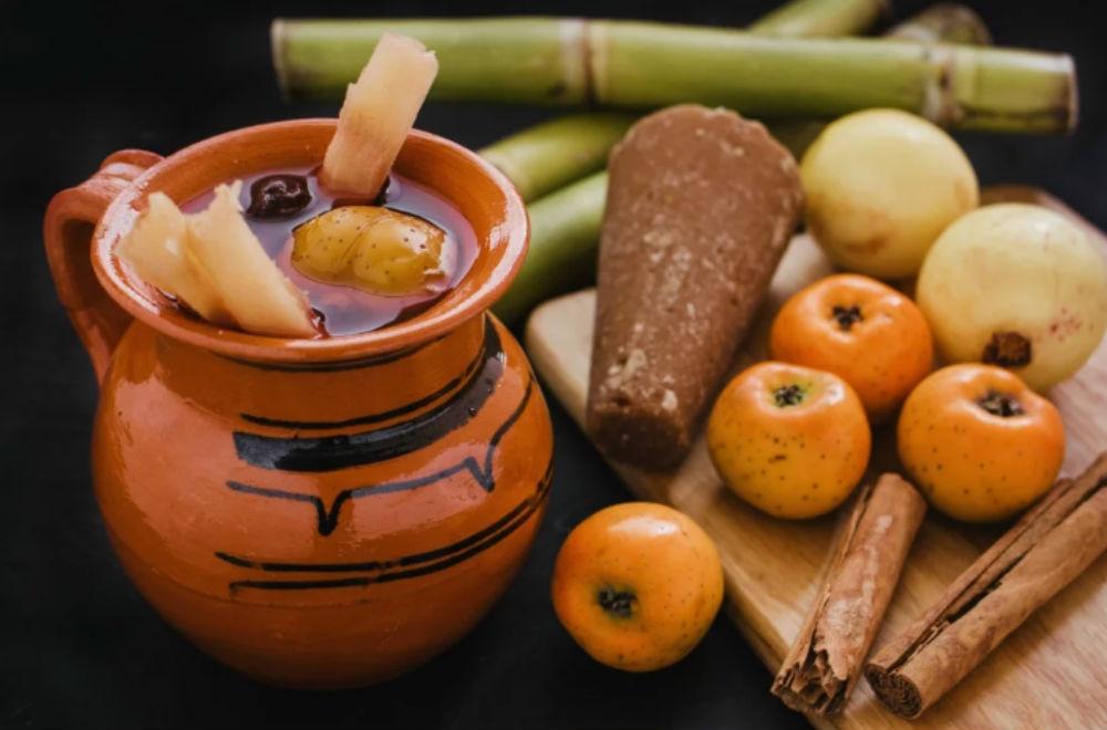 Receta de ponche de frutas navideño   México Desconocido