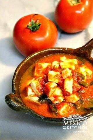 Queso en salsa, disfruta, muy rica y sabrosa