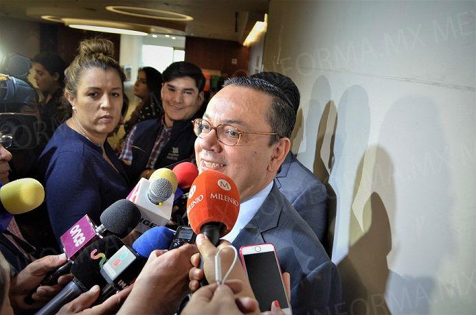 Se reincorpora Germán Martínez al Senado