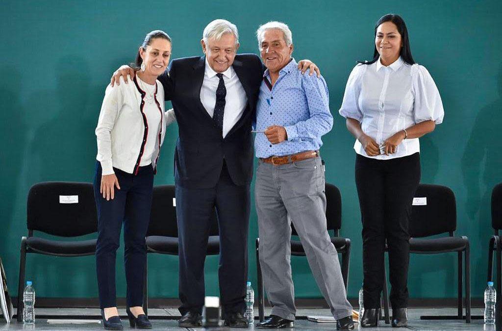 Realiza AMLO gira en Gustavo A. Madero, de CDMX