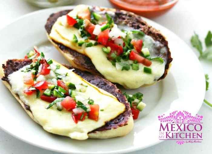 Mexican Molletes recipe