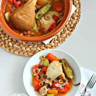 Easy Chicken Stew – Olla Tapada