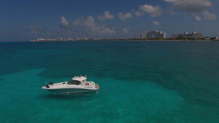 yachting Cancun