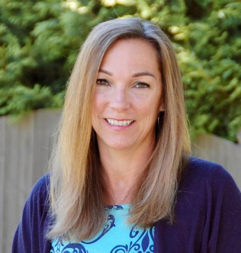 Lisa Meyer Headshot