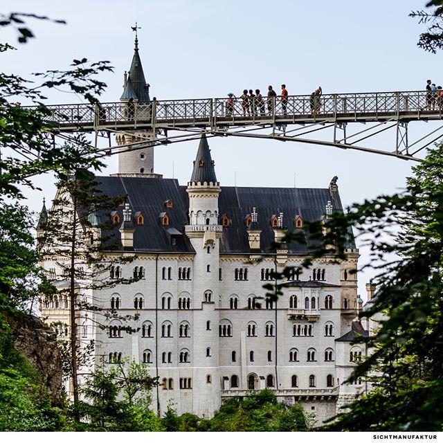 Neuschwanstein Castle and the Marienbridge @fussen.allgau @neuschwanstein.castle