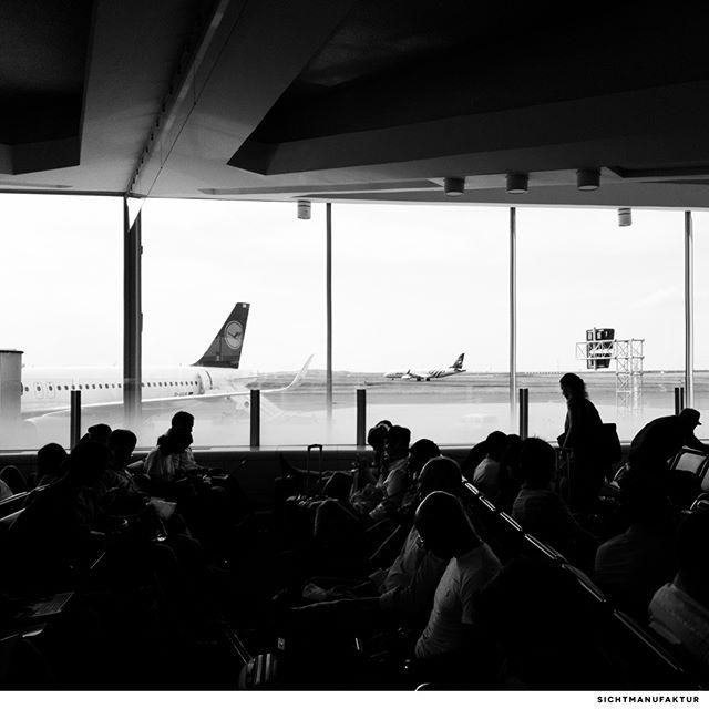 CDG 1 @parisaeroport @aeroportsdeparis @lufthansa @roamtheplanet @planespotterhd