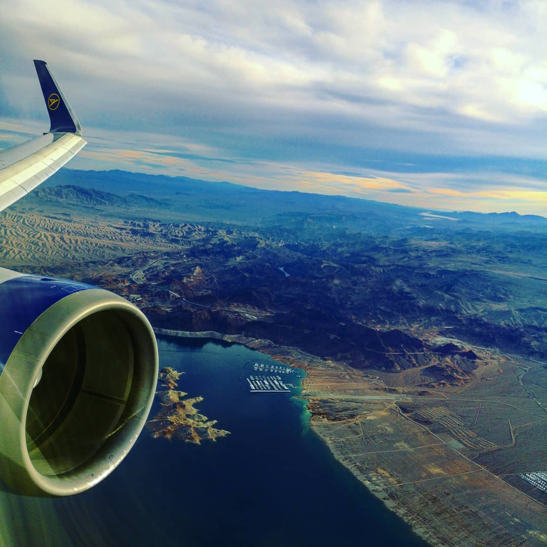 Approaching LAS – passing by the Hoover Dam @condorairlines @vegas @hooverdamlodge
