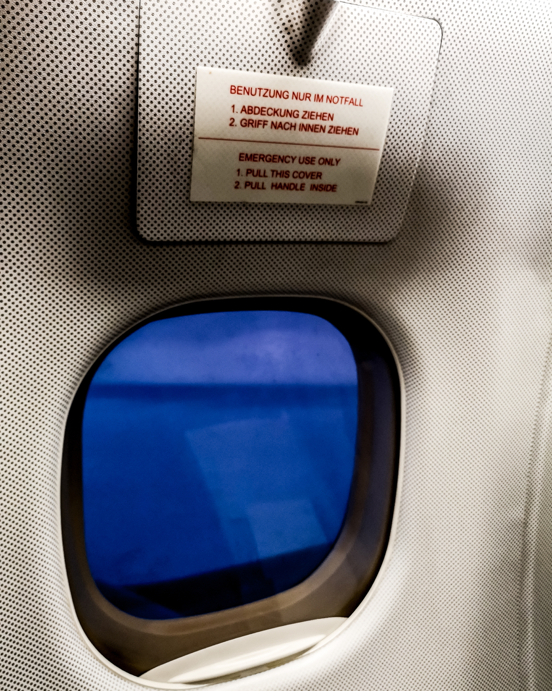 """Open on """"Passenger Evacuation"""" command only!  Embraer 190 on flight from LCY to FRA @vmh1101"""