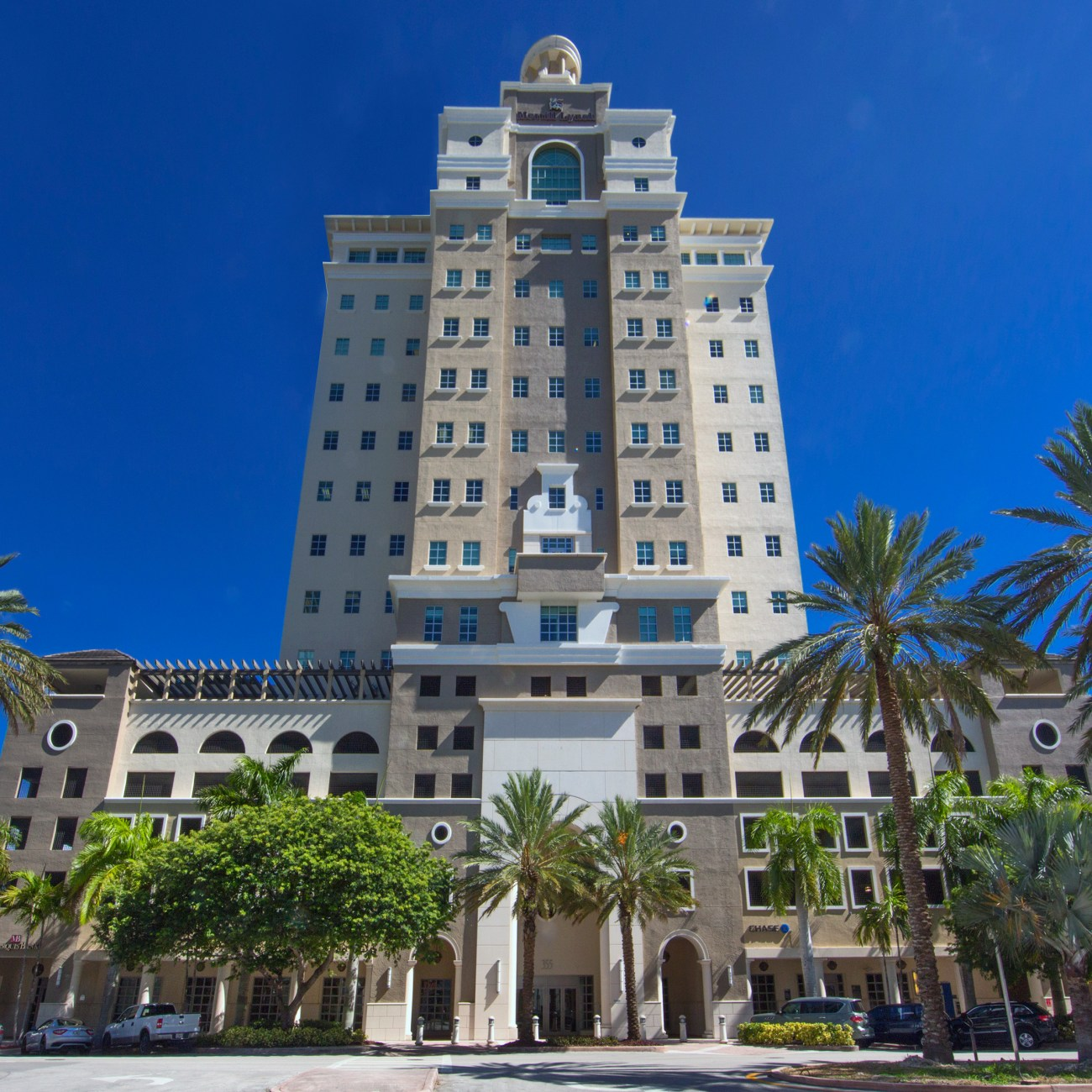Cushman & Wakefield Secures Two New-to-Market Tenants in Coral Gables with Cosentino and Kimley-Horn at 355 Alhambra