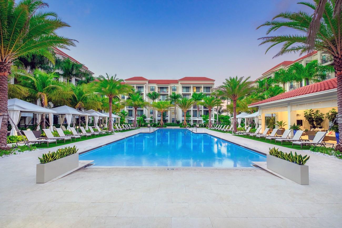 Cushman & Wakefield Brings Luxury Boca Raton Multifamily Asset to Market