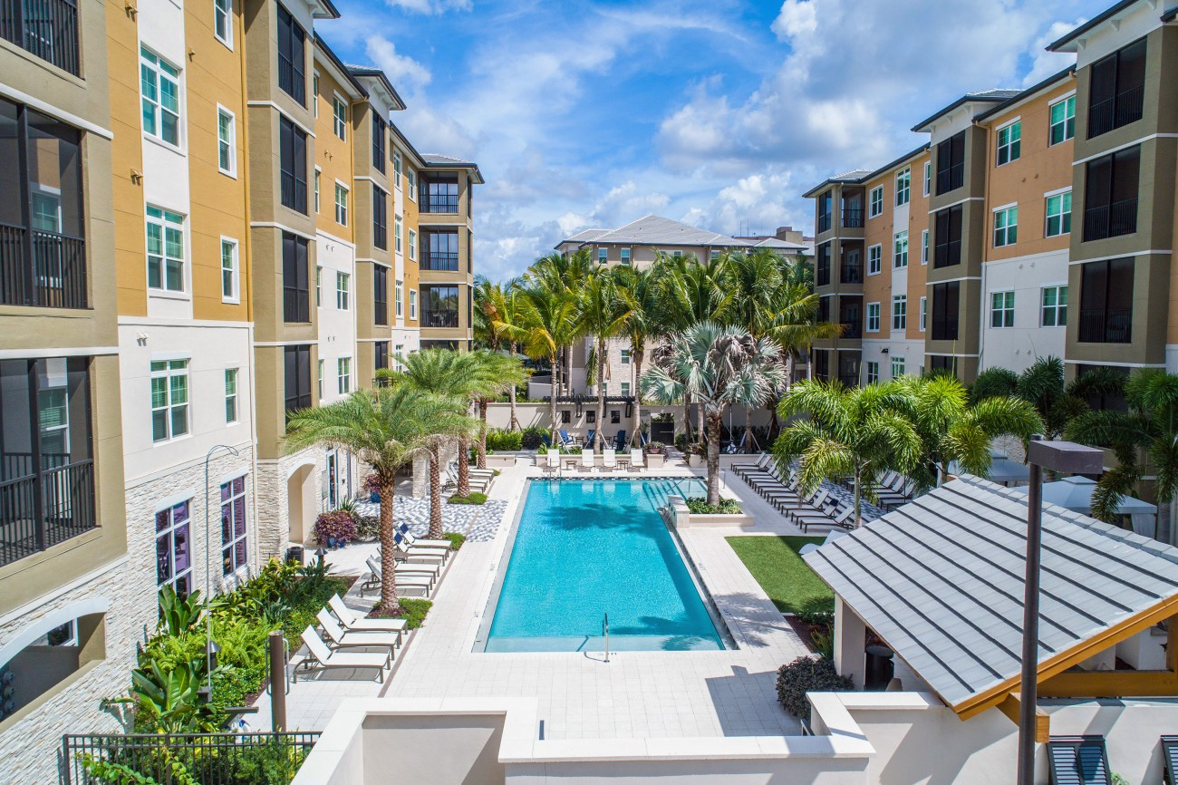 The Bainbridge Cos. Selects Cushman & Wakefield to Market Luxury Coral Springs Apartments