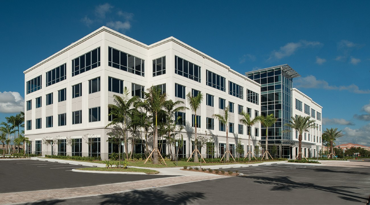 Cushman & Wakefield Represents Duke Realty in Negotiating Seven New Office Leases at Pembroke Pointe 880