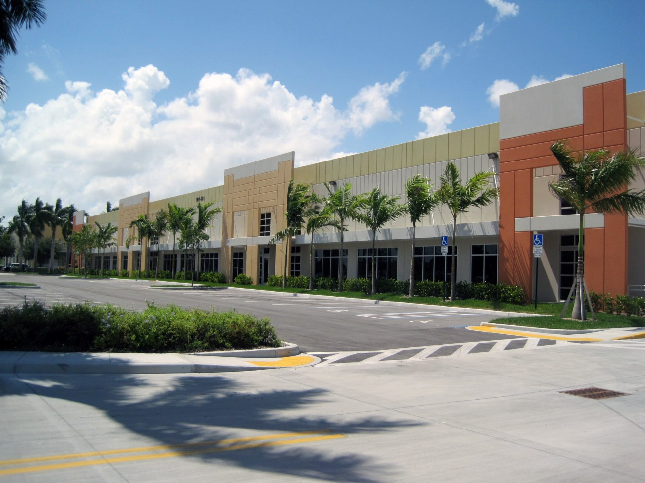 Cushman & Wakefield Negotiates Two Leases at Broward International Commerce Center