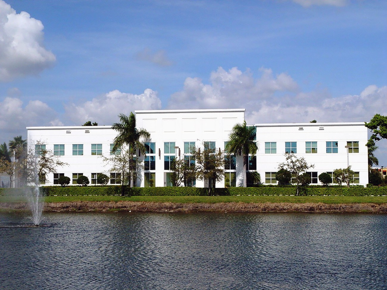 Cushman & Wakefield to Lease ±40,800-SF Office Building in Boca Raton