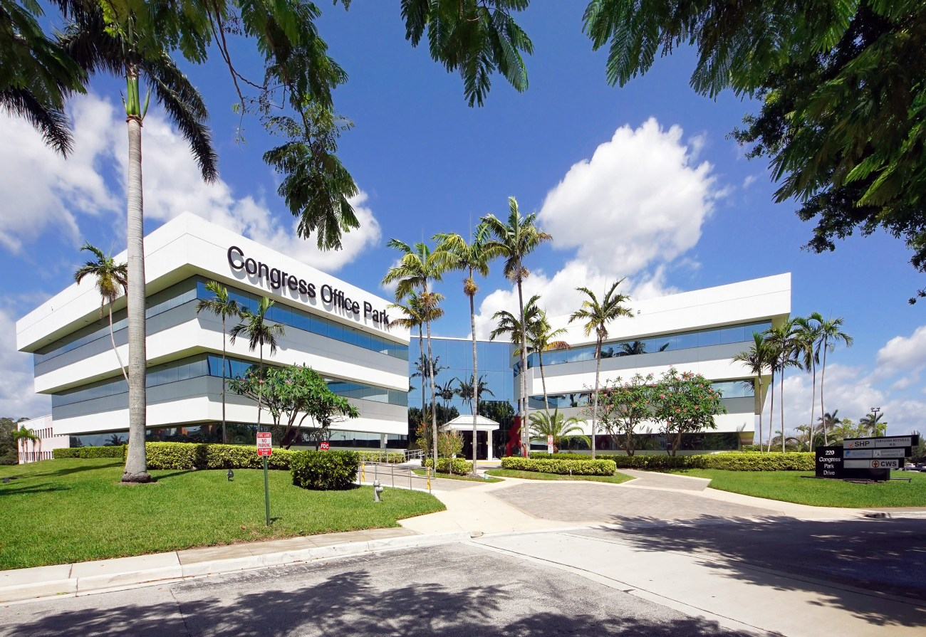 Cushman & Wakefield Represents ICM Realty Group in $11.4M Sale of Congress Office Park