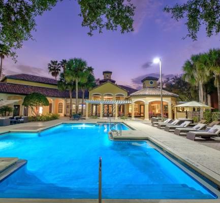 Cushman & Wakefield Represents Preston-Giuliano Capital Partners in $59M Sale of Mezzo of Tampa Palms