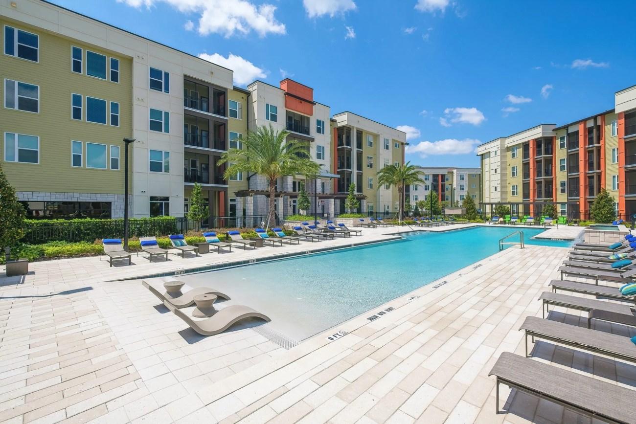 Cushman & Wakefield Negotiates $67M Sale of Integra Sunrise Parc Apartments