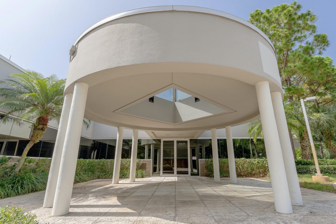 Cushman & Wakefield Arranges $31.45M Sale and $30.5M Financing of Jupiter Innovation Center
