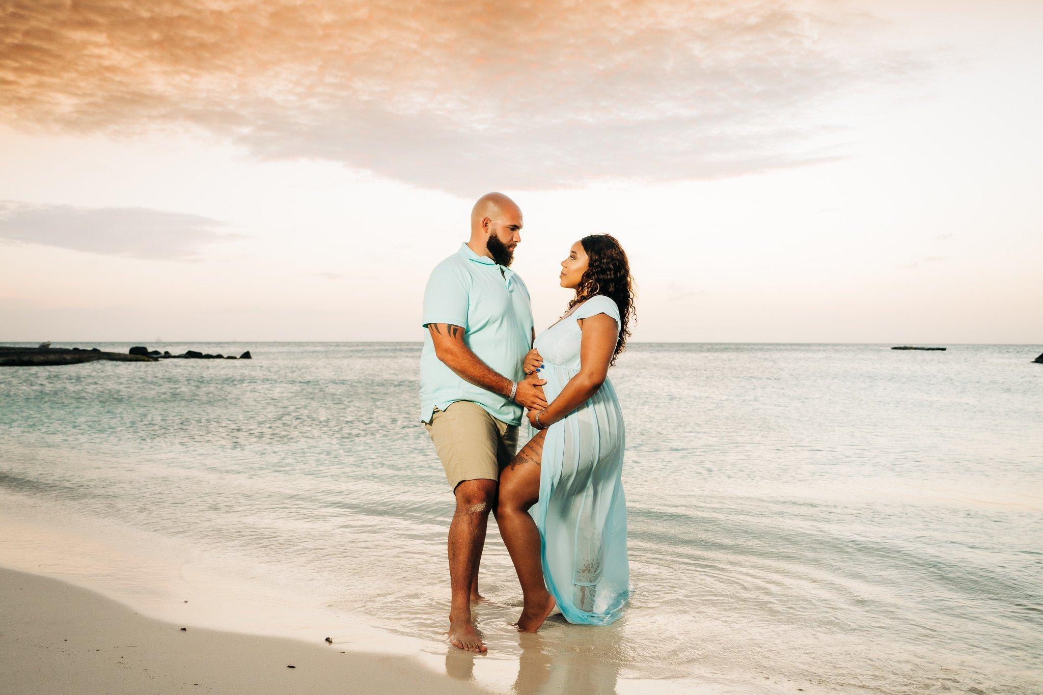 Aruba maternity photos