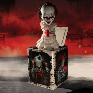 Burst-A-Box IT (2017): Pennywise
