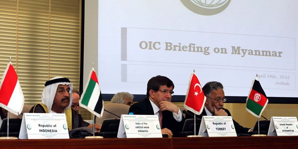 Foreign Minister Davutoğlu asked the OIC to take the lead with regard to the situation of Muslims in Myanmar.