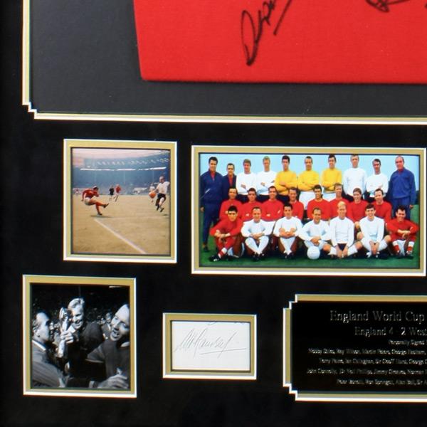 Very-'RARE'-England-1966-World-Cup-Retro-Shirt-signature2