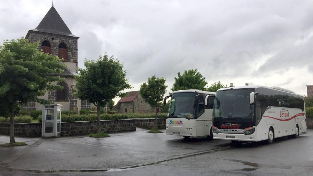Auvergne Départ de Saint-Martin-de-Fraigneau à Saint-Ours-les-Roches (26)