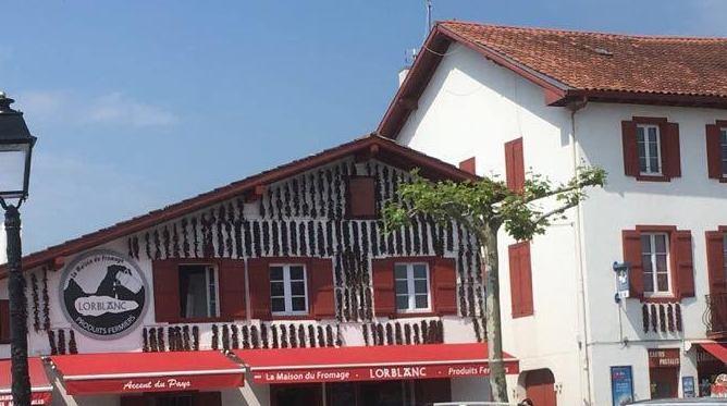 Marché ville Espelette Pays Basque 2018 (5)