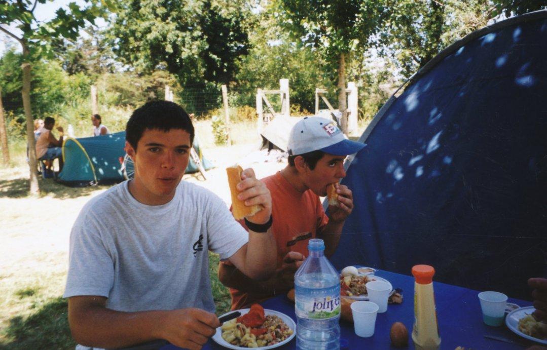 Archives anciens élèves mfr puy-sec 2002 (8)
