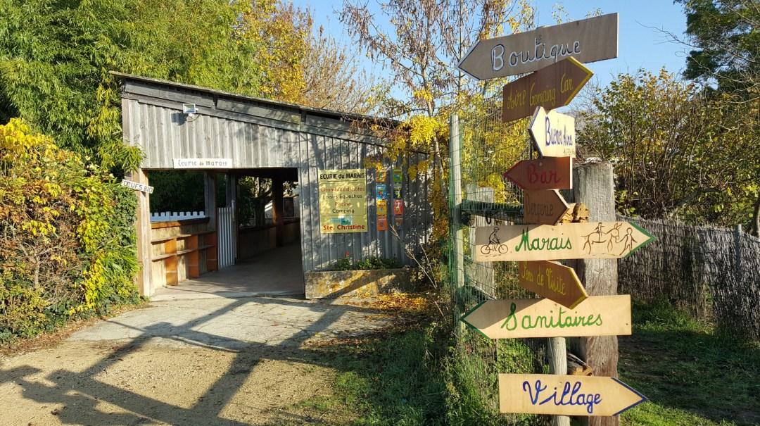 Ferme pédagogique écurie du marais