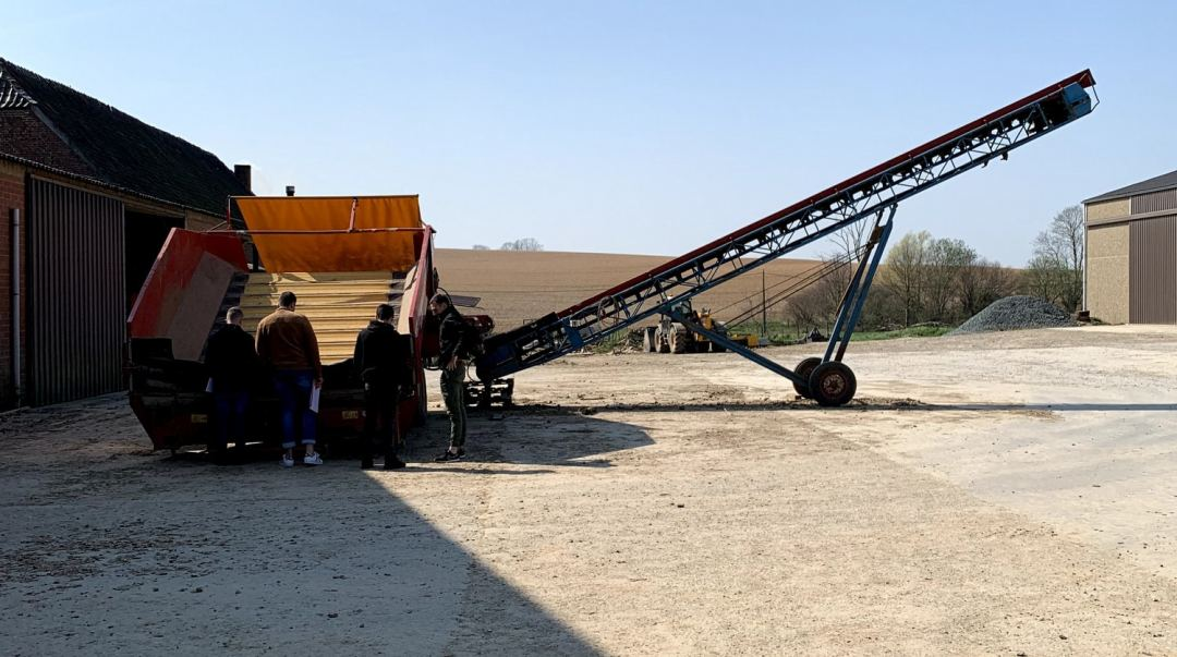 Matériel agricole ferme Francotte en Belgique