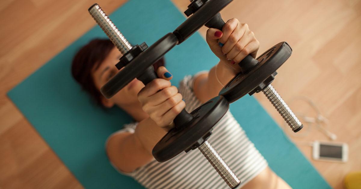 كم مرة يجب أن تتمرن من أجل إنقاص الوزن وبناء العضلات؟