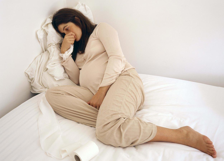 التغلب علي الافكار السلبيه بعد فقدان الحمل
